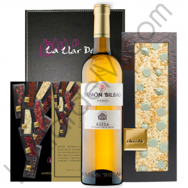 Tinita Verdejo Gift with Chocolate